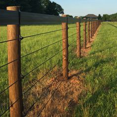 The Shockline Flex Fence® electric coated wire is a versatile horse fencing solution for high-traffic areas with a polymer coating to increase visibility. Diy Horse Fencing, Pasture Fencing, Ranch Fencing, Farm Fence, Horse Fence Wire, Electric Fencing For Horses, Diy Fence, Metal Fence, Fence Ideas