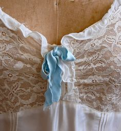 Vintage 1930s Nightgown - 30s Silk & Lace - The Magdalena