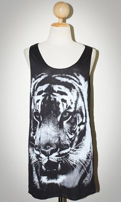 BENGAL TIGER Face Animal T-Shirt Black Sleeveless Tank Top Women Indie Art Rock Size M