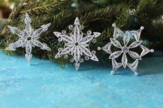 ST. MORITZ snowflakes Paper quilled ornaments di OrnamentHouse