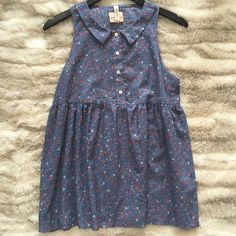 Floral baby doll top Blue floral baby doll top with super cute collar and buttons !! Apricot Lane Tops