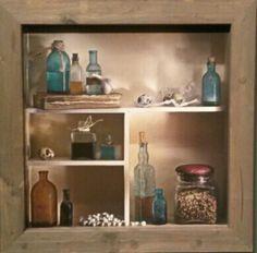 Kijkkast blauw glas met steigerhouten lijst 73x73cm nu af te halen en/of te bestellen voor €119,- www.gaaf.nu