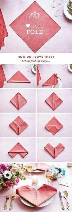 Çoğu insan kabul etmese de peçete katlama,sanatsal bir çalışmadır. Origami kadar takdir görmüyor olabilir ama bu da bir origami türüdür. Farklı peçeteleriniz ile davet sofralarınız da misafirlerinizi şaşırtabilir, fark yaratabilirsiniz. 1- Lotus Katlama   2- Çift Cep Katlama  3- Zarf