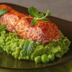 Czas przygotowania: 40 minPorcja: 4 porcjePoziom trudności: średnie565,7 kcal / 1 porcję (529 g) Turkey, Meat, Chicken, Turkey Country, Cubs