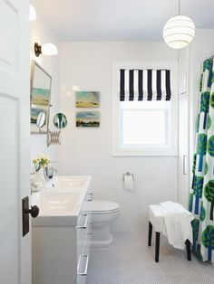 Family-Friendly Bathroom   photo Michael Graydon   design Sarah Hartill   House & Home