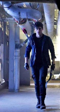 Matthew Daddario as Alec Lightwood Alec Lightwood, Jace Wayland, Matthew Daddario, Shadowhunters Series, Shadowhunters The Mortal Instruments, Shadowhunter Alec, Mama Mia, Alec And Jace, The Mortal Instruments