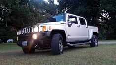 2010 Hummer H3T One of 945 presented as lot T98 at Dallas, TX