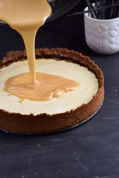 Salted Caramel Vanilla Bean Cheesecake with Gingerbread Crumb Crust (6)