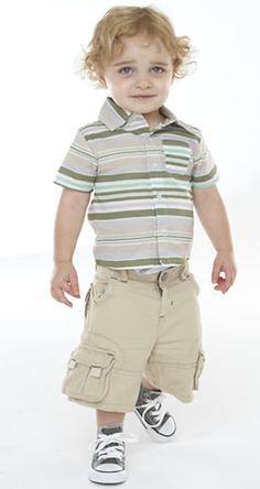 Baby geek shirt <3 Baby big pocket cargos <3 Baby grey cons (Alana!).