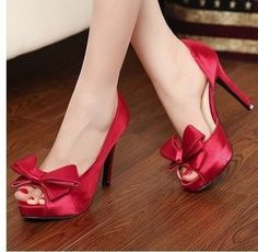 you deserve a great pair of red high heels! @ http://trendy-stilettoheels.blogspot.com