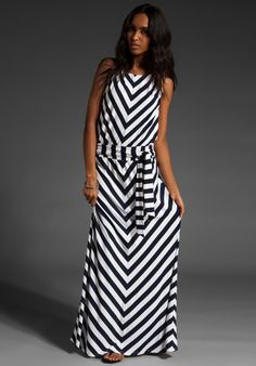 a chevron stripe both slimming and fashionable! michael stars does it again... home run!