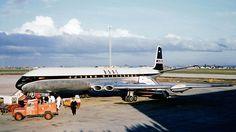 De Havilland Comet 4 in BOAC (British Overseas Airways Corporation) livery in 1961.