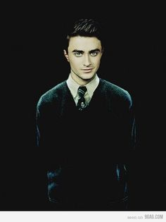 Harry as a Slytherin. I feel so evil...because I'm soooo into how he looks here...oh man.