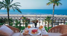 Hotel Los Ángeles Denia This family-run hotel is situated right on the beach in an idyllic location with marvellous views and large terraces overlooking the Mediterranean Sea.  Its location is unbeatable, just steps from a fine sandy beach.