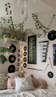 Artificial flowers + string lights aesthetic room decor