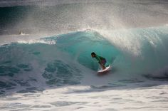 Surfs Up Hawaii   Lesya Liu