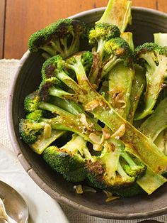 Skillet Browned Broccoli with Pan Toasted Garlic Go from skillet to table in less than 30 minutes with this vegetable side dish recipe that combines broccoli with sharp and flavorful toasted sliced garlic.