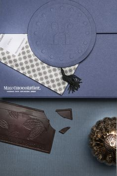 A chocolate lover's dream come true: beautiful Max Chocolatier Gift Box, filled with 8 chocolate bars from 8 different origins. A feast for your taste buds! Chocolate Bars, Chocolate Lovers, Taste Buds, Origins, Truffles, Box, Christmas, Gifts, Beautiful