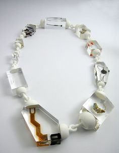 Atelier Ted Noten / Necklace