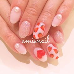 azusa_amisまいさんは白のいちご来月のhotpepper #nail #ネイル #アミスネイル #amisnail #学芸大学 #いちごネイル…