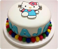 Torta de Hello Kitty para cumpleaños