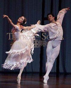 """Svetlana Zakharova & Roberto Bolle in """"Marguerite and Armand"""" # © Teatro alla Scala Male Ballet Dancers, Ballet Boys, Ballerina Dancing, Ballet Couple, Bolshoi Ballet, Ballet Tutu, Ballet Wear, Dance Photos, Dance Pictures"""