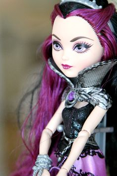 Hot Toys 2014: Ever After High Dolls and Secret Hearts Diary (voice activated) for girls gifts this holiday season.