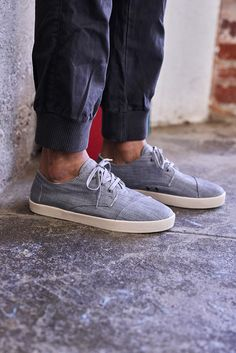 TOMS vegan lace-up sneakers for the dudes.