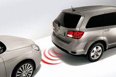 Teknoloji geliştikçe insana sağladığı kolaylıklar artık sıradanlaştı. Cep telefonuyla kontrol edilebilen aygıtlar, kendi kendine park eden araçlar ya da uzaktan kumandalar... Bütün bu cihazlar ortak bir mantıkla çalışıyor. Fiziksel ortam değişikliklerini (ısı, ışık, basınç, ses, vb.   #far #fotosel #ışık #kapı #park #sensör #ses #yağmur