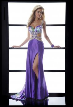 Great cut-out prom dress