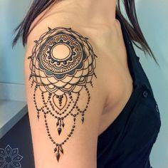 Mandala tbt #zenhenna @colleen_waggoner :)