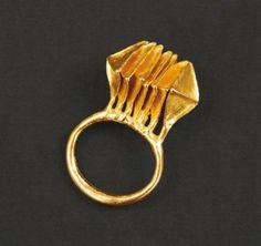 ROBERT SMIT Années 1965. Pièce unique. BAGUE en or. Signée, poinçonée. Tdd_49.