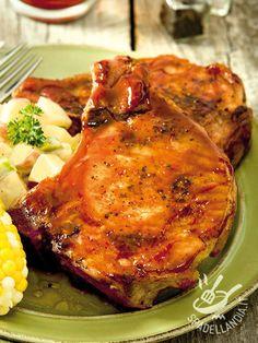 Le Bistecchine alla birra e miele sono un secondo dalla nota agrodolce particolarmente sfizioso. Provatele accompagnate da croccanti e gustose patatine!