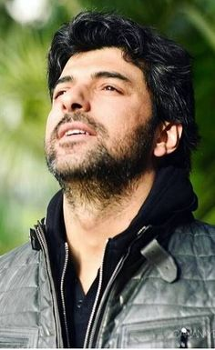 Engin Akyürek as Dr Daghan in the Turkish TV series OLENE KADAR, 2017. Watched this series, was impressed with Engin's acting talent but was not impressed with the script at all and was not impressed with Fahriye Evcen in this series either.