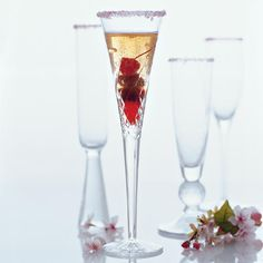 11 Sparkling Wine Cocktails for the Holidays - Chowhound