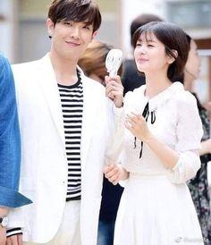 Bellos 💖 #LeeJoon #JungSoMin Jung So Min, Lee Joon, Young Actresses, Actors & Actresses, Playful Kiss, Kim Ji Won, Park Shin Hye, Famous Couples, Korean Star
