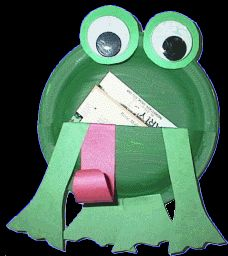Leap Year: Read Frog in the Bog by Karma Wilson and make frog pouch craft to fill with bugs