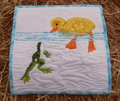 I wish there was a pattern for it. Very well done. From Sew Fresh Quilts. I suppose it wouldn't take that much to make a pattern from the picture though. Quilt Baby, Baby Quilt Patterns, Applique Patterns, Applique Quilts, Owl Patterns, Cute Quilts, Small Quilts, Mini Quilts, Children's Quilts