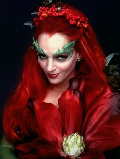 Uma Thurman as Poison Ivy - Oh how I love lip gloss...