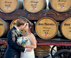 Love to the Moon Photography I Family, wedding and portrait photographer based in Temecula California Moon Photography, Photography Tips, Wedding Photography, Family Portraits, Family Photos, Family Photo Colors, Temecula California, Photo Colour, Holiday Photos