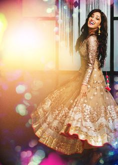 "sapney: "" visually stunning ↳ Yami Gautam for Hiblitz Jan' 2014 "" Indian Attire, Indian Wear, Pakistani Outfits, Indian Outfits, Party Kleidung, Anarkali Dress, Anarkali Suits, Lehenga, Desi Clothes"