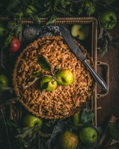 Rýchle sušienky z ovsených vločiek - Cookies recept - Lenivá Kuchárka Sweets, Apple, Cookies, Baking, Fruit, Apple Fruit, Crack Crackers, Gummi Candy, Candy
