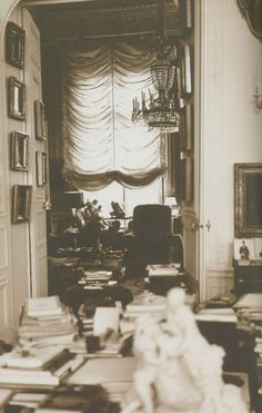 Via Rococo Revisited: Karl Lagerfeld's Paris flat, ode to the eighteenth century. Photograph copyright Karl Lagerfeld from the 29 April 2000 Christie's Monaco catalogue. Evans, Paris Flat, Balloon Shades, Beautiful Library, Bedroom Retreat, Paris Apartments, Travel Memories, Coups, Architecture