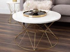 15 Brass Coffee Tables You'll Love - Cool Things to Buy 247 Coffee Tables For Sale, Coffee Table Rectangle, Brass Coffee Table, Coffee Table Styling, Glass Top Coffee Table, Table Decor Living Room, Fun Cup, Coffee Cups, Cool Things To Buy