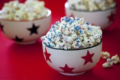 This sweet popcorn recipe makes a patriotic, low calorie dessert or snack perfect for the 4th of July.