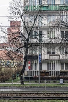 https://flic.kr/p/22P8WUW | Piłsudskiego 8 | Residential Built: 1960-65 Architect: Konrad Jarodzki, Kazimierz Bieńkowski, Andrzej Will Wrocław, Poland  Portfolio Facebook Instagram Steepshot