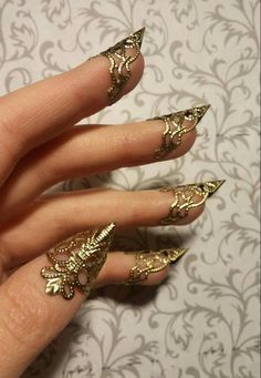 Dragon Claw, Gold Dragon, Dragon Ring, Dragon Eye, Cute Jewelry, Body Jewelry, Jewellery, Weird Jewelry, Hand Jewelry