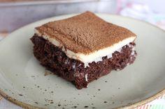 Bolo de chocolate com mousse de leite em pó Cheesecakes, Banana Com Chocolate, Bolo Chocolate, Doce Banana, Mole, Tiramisu, Salsa, Pudding, Ethnic Recipes