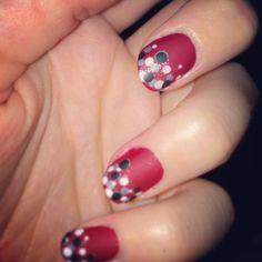 Nail Art en rouge et noir