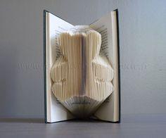 How to Fold a Book into a Word - The original tuto Uitleg hoe je met Photoshop ieder willekeurig woord kunt omzetten voor het vouwen van een boek!!